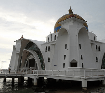 Melaka Mosque Feature