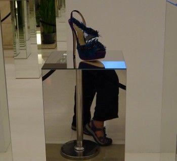 Shopping in Bangkok - Tanya and her shoes